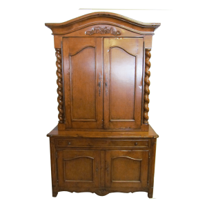 226167_Antique_Designs_Armoire