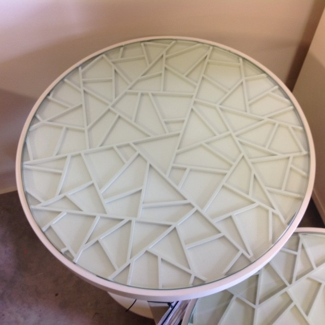 253470-253471-Cracked-Ice-nesting-tables-Baker